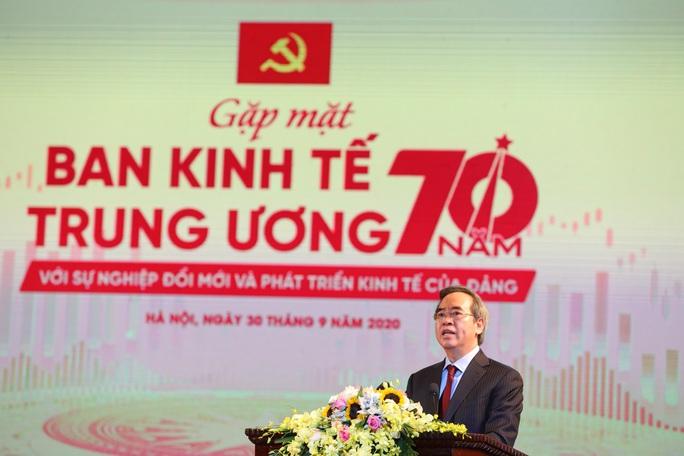 Ông Trần Quốc Vượng: Ban Kinh tế Trung ương là cơ quan tham mưu chiến lược quan trọng của Đảng về kinh tế - xã hội - Ảnh 2.