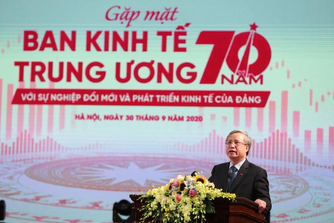 Ông Trần Quốc Vượng: Ban Kinh tế Trung ương là cơ quan tham mưu chiến lược quan trọng của Đảng về kinh tế - xã hội - Ảnh 1.