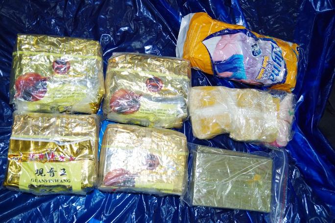 Giám đốc Công an Hà Nam trực tiếp chỉ đạo phá vụ vận chuyển 5 kg ma túy, 2 bánh heroin - Ảnh 2.