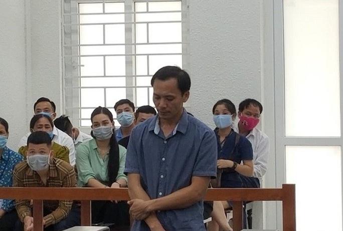 Giám đốc lĩnh án tù vì để cháy xưởng khiến 8 người chết - Ảnh 1.