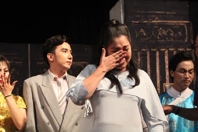Tăng suất diễn Lôi Vũ, Hồng Vân và Hữu Châu sống lại tuổi 23 - Ảnh 5.