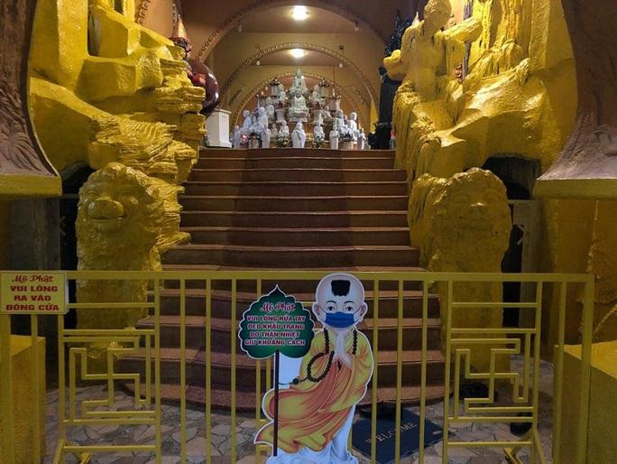Diễn biến mới nhất vụ tro cốt ở chùa Kỳ Quang 2, quận Gò Vấp - Ảnh 1.