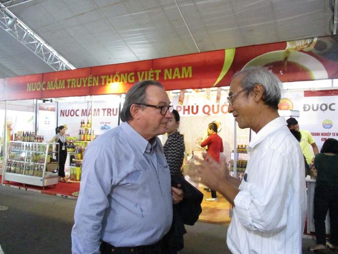 Hiệp hội Nước mắm truyền thống Việt Nam được thành lập sau 3 năm xin phép - Ảnh 1.