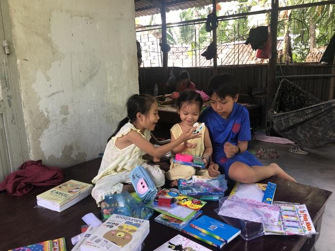 Gần 2 tỉ đồng giúp đỡ 3 cháu bé ở Sóc Trăng - Ảnh 1.