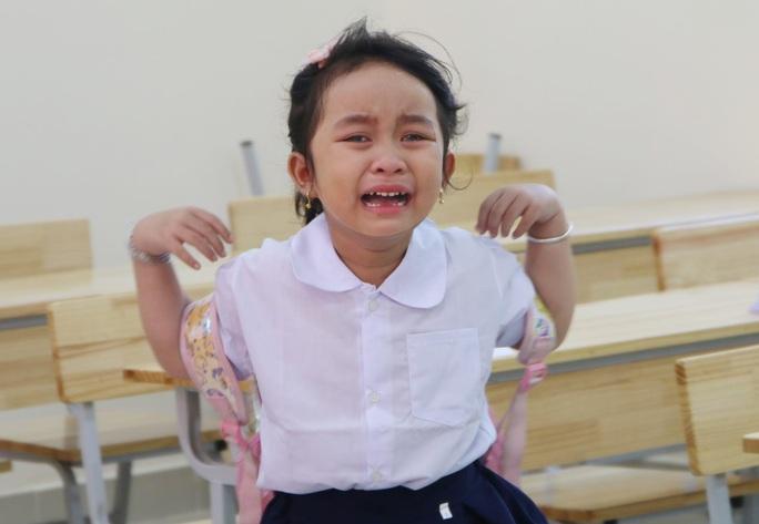 Biểu cảm của học sinh lớp 1 trong ngày khai giảng - Ảnh 7.