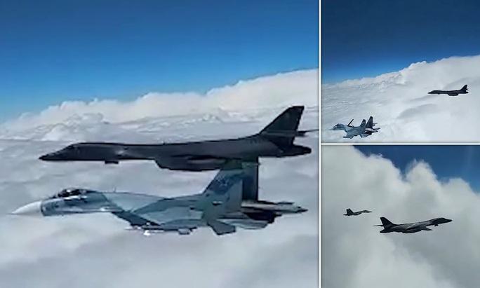 """Nga điều 8 chiến đấu cơ chặn """"pháo đài bay"""" của Mỹ trên biển Đen - Ảnh 2."""