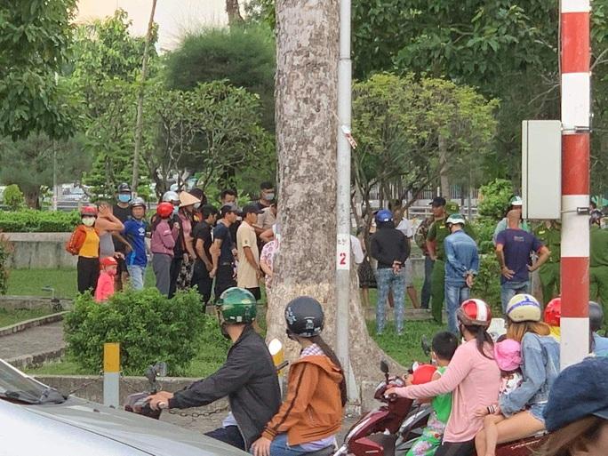 Nam thanh niên bị chém chết ở công viên Tam Hiệp - Biên Hòa - Ảnh 1.