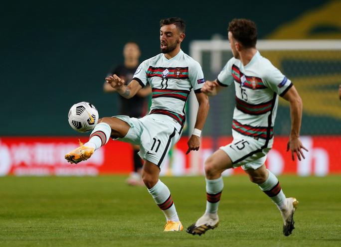 Á quân World Cup thua thảm chủ nhà Bồ Đào Nha - Ảnh 2.