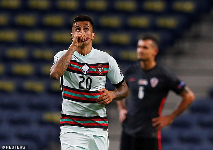 Á quân World Cup thua thảm chủ nhà Bồ Đào Nha - Ảnh 3.