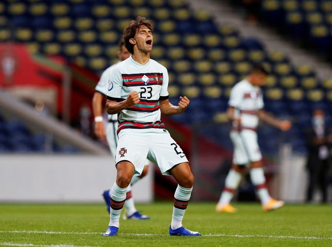 Á quân World Cup thua thảm chủ nhà Bồ Đào Nha - Ảnh 5.