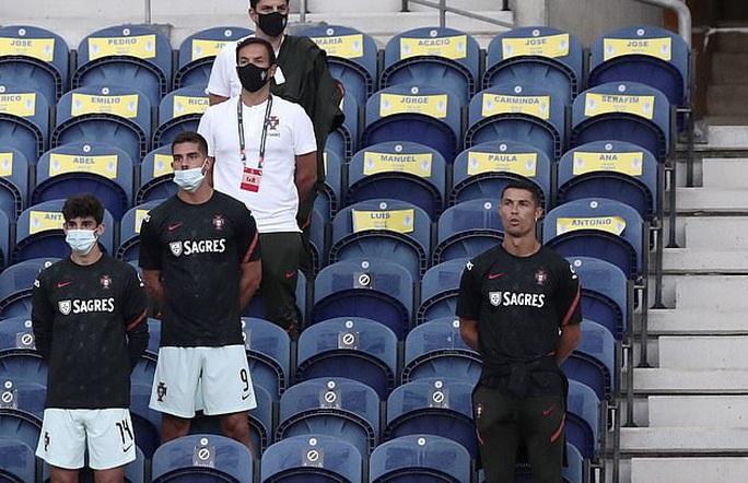 Á quân World Cup thua thảm chủ nhà Bồ Đào Nha - Ảnh 1.