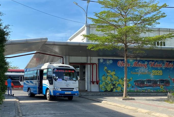Bến xe, nhà ga, sân bay ở Đà Nẵng mở cửa trở lại nhưng vẫn vắng khách - Ảnh 14.