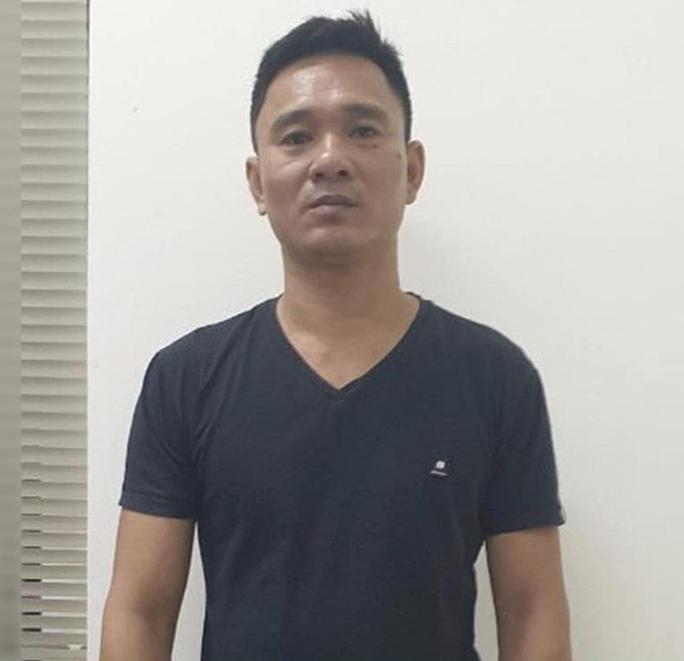 Đối tượng 44 tuổi hiếp dâm bé gái 12 tuổi bị khởi tố, bắt giam - Ảnh 1.