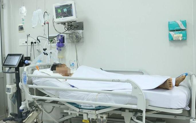 TP HCM: Tiếp nhận ca ngộ độc pate Minh Chay cả tháng mà không biết - Ảnh 1.