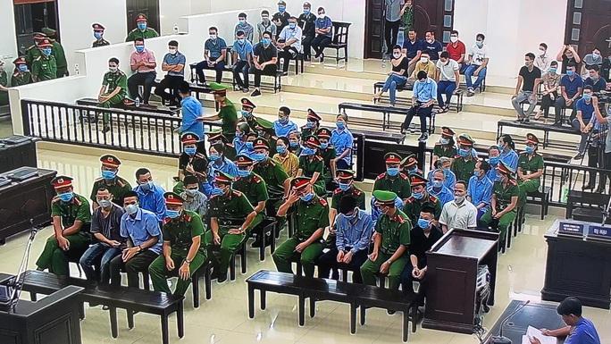 Sáng nay 7-9, thắt chặt công tác an ninh cho phiên tòa xét xử 29 bị cáo ở Đồng Tâm - Ảnh 7.