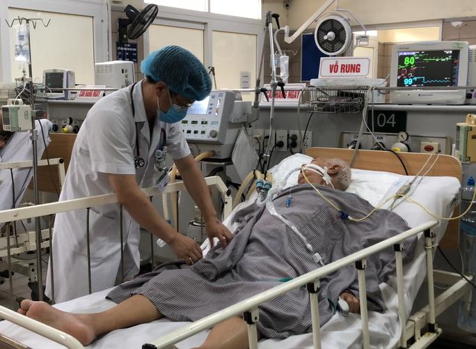 Sau vụ Pate Minh Chay: Bộ Y tế lần đầu tiên hướng dẫn nhận biết ngộ độc Clostridium botulinum - Ảnh 1.