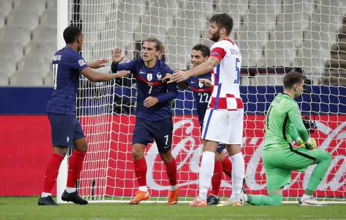 Vùi dập Croatia, Pháp tái hiện đại tiệc chung kết World Cup 2018 - Ảnh 4.