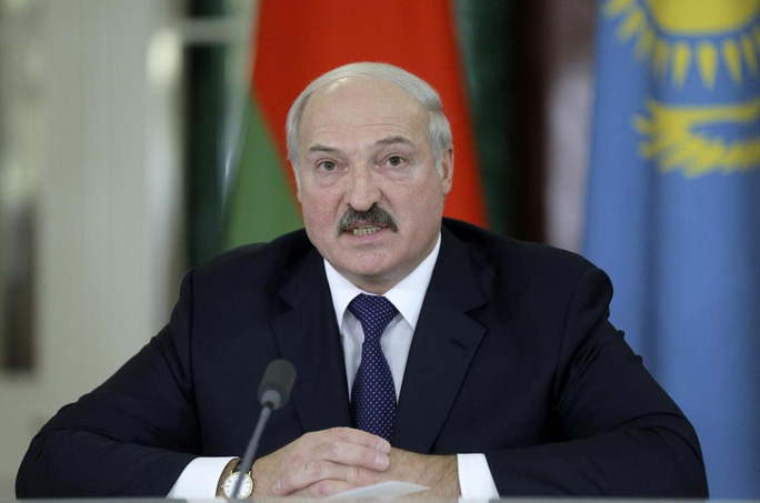 Thủ lĩnh đối lập Belarus lên tiếng về chuyện xé hộ chiếu - Ảnh 3.