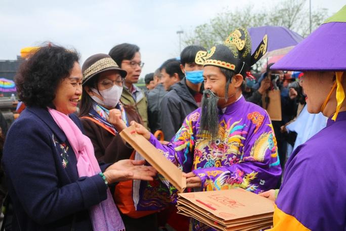 Lễ Ban sóc thu hút khách du lịch đến Huế - Ảnh 6.
