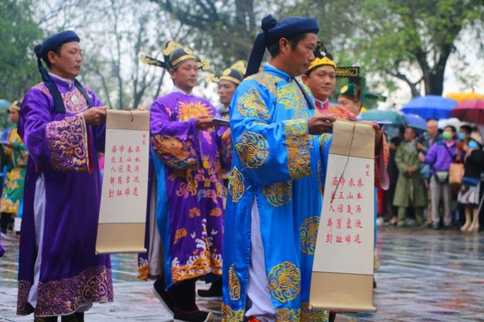 Lễ Ban sóc thu hút khách du lịch đến Huế - Ảnh 5.