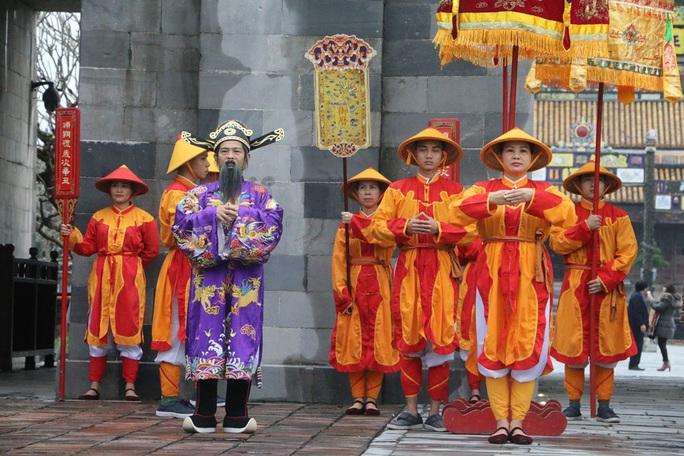 Lễ Ban sóc thu hút khách du lịch đến Huế - Ảnh 1.