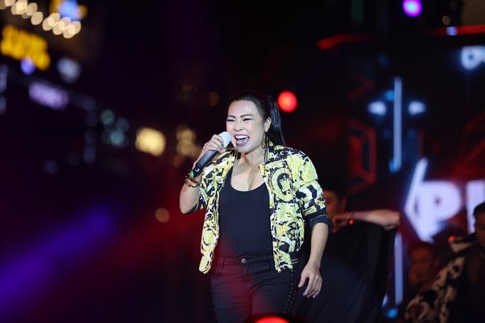 Bữa tiệc âm nhạc tuyệt vời mừng năm mới, mừng thành phố Thủ Đức của người Sài Gòn - Ảnh 3.