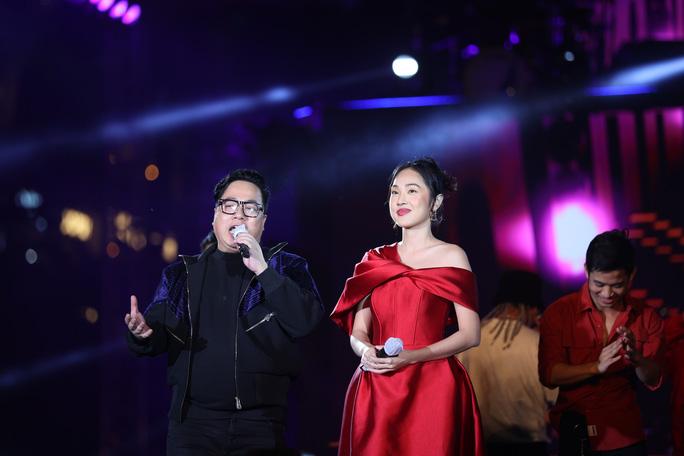 Bữa tiệc âm nhạc tuyệt vời mừng năm mới, mừng thành phố Thủ Đức của người Sài Gòn - Ảnh 5.