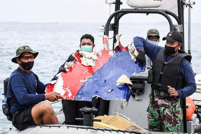 Máy bay Sriwijaya Air lao xuống biển trong vòng 20 giây? - Ảnh 1.