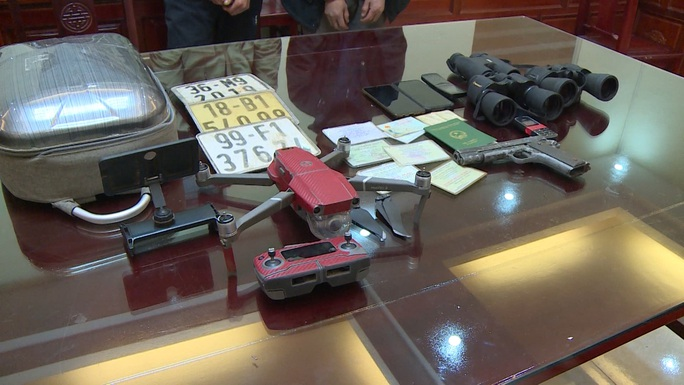 Kẻ buôn ma túy mua thiết bị ghi hình và phát sóng để theo dõi công an - Ảnh 2.