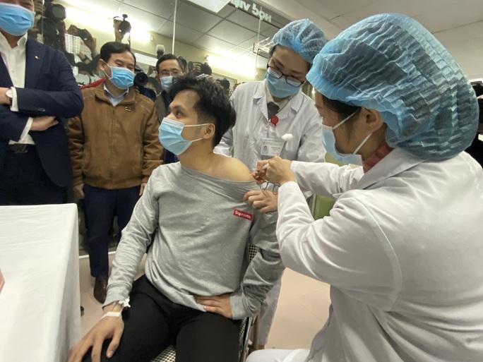 Covid-19: Việt Nam chuẩn bị tiêm thử nghiệm vắc-xin Nano Covax liều cao nhất - Ảnh 1.