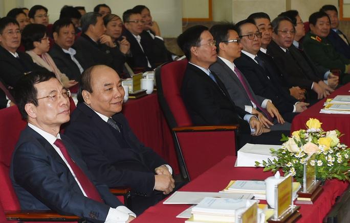 Bộ trưởng Nguyễn Mạnh Hùng: Sứ mệnh lớn lao chưa bao giờ có của ngành thông tin - truyền thông - Ảnh 3.
