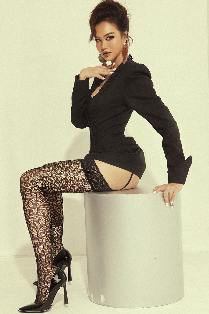 Hoa hậu Kiều Ngân tung bộ ảnh sexy - Ảnh 8.