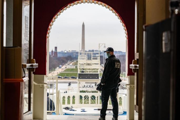 Lính Mỹ rầm rập đến Washington, Lầu Năm Góc lo những kịch bản khủng nhất - Ảnh 2.