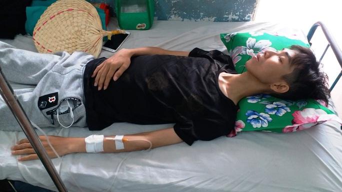 Thủ khoa trường y con nhà nghèo mắc ung thư máu cần giúp đỡ - Ảnh 3.