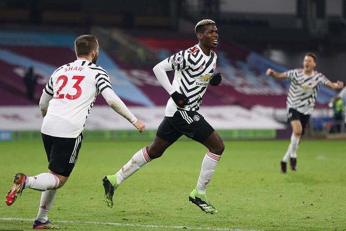 Paul Pogba lập công, Man United độc chiếm đỉnh bảng Ngoại hạng Anh - Ảnh 7.