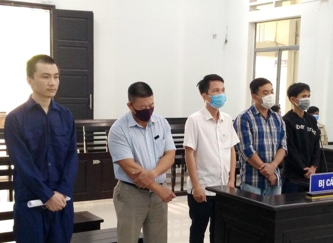 Điều tra bổ sung vụ biến người Trung Quốc thành người Việt Nam - Ảnh 1.