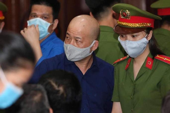 Ông Đinh La Thăng và ông Nguyễn Hồng Trường không kháng cáo bản án của TAND TP HCM - Ảnh 3.