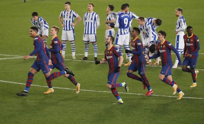 Thắng luân lưu nghẹt thở, Barcelona vào chung kết Siêu cúp Tây Ban Nha - Ảnh 8.