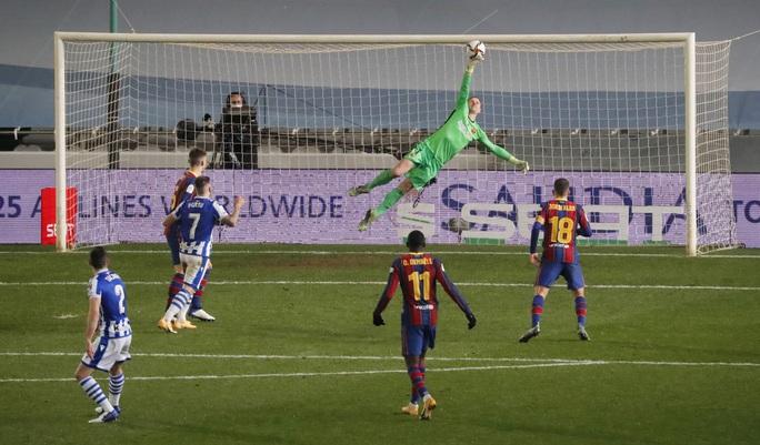 Thắng luân lưu nghẹt thở, Barcelona vào chung kết Siêu cúp Tây Ban Nha - Ảnh 6.