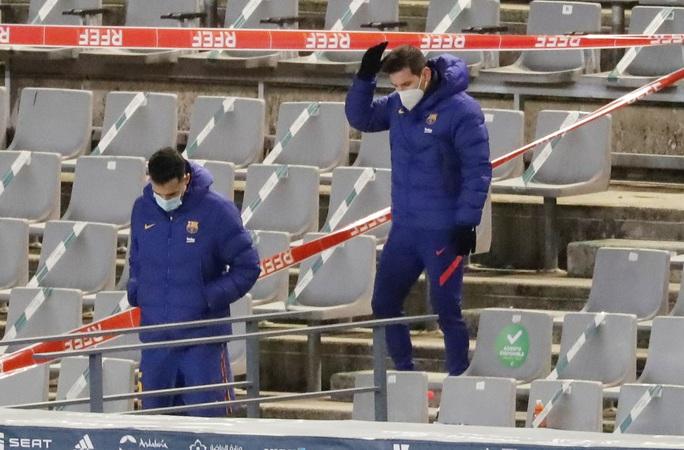 Thắng luân lưu nghẹt thở, Barcelona vào chung kết Siêu cúp Tây Ban Nha - Ảnh 1.