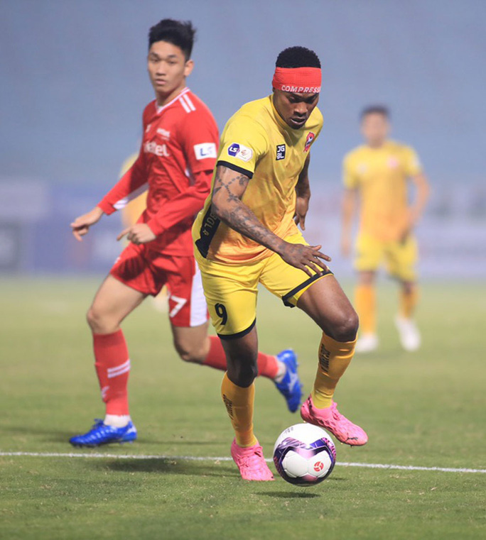 Đương kim vô địch Viettel thua sốc ở vòng 1 V-League 2021 - Ảnh 1.