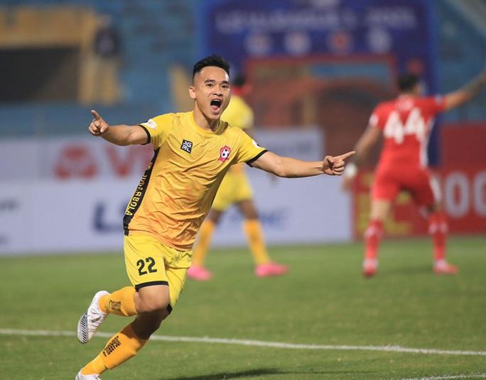 Đương kim vô địch Viettel thua sốc ở vòng 1 V-League 2021 - Ảnh 4.