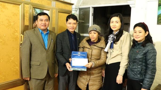 Hà Nội: Gần 3,4 tỉ đồng trợ vốn cho CNVC-LĐ - Ảnh 1.