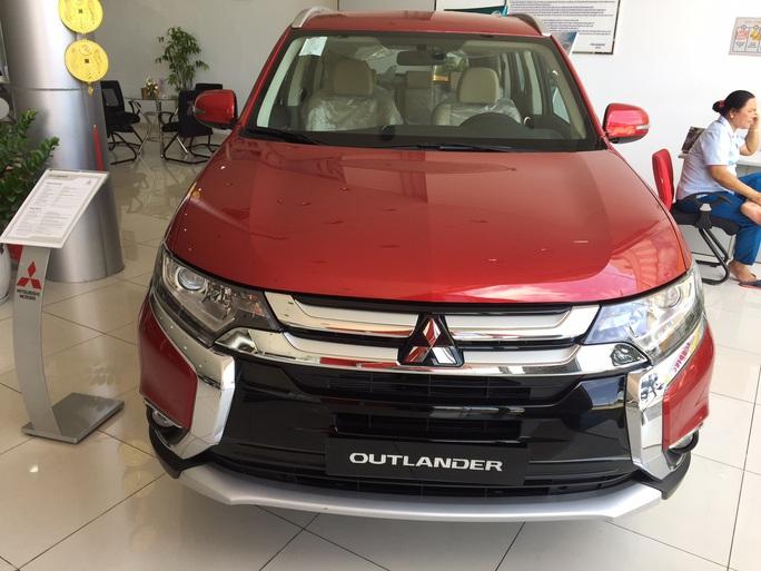 Gần 10.000 ôtô ăn khách nhất của Mitsubishi dính lỗi bơm xăng - Ảnh 2.