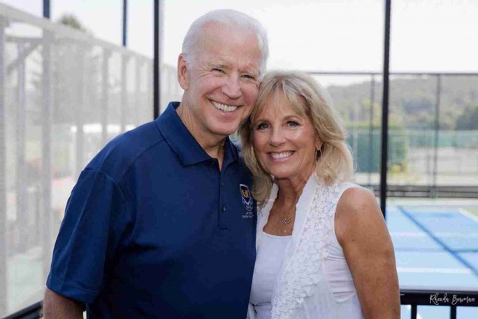 Ông Biden và các thành viên đệ nhất gia đình Mỹ tương lai - Ảnh 1.