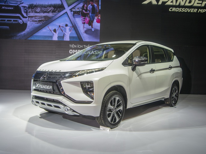 Gần 10.000 ôtô ăn khách nhất của Mitsubishi dính lỗi bơm xăng - Ảnh 1.