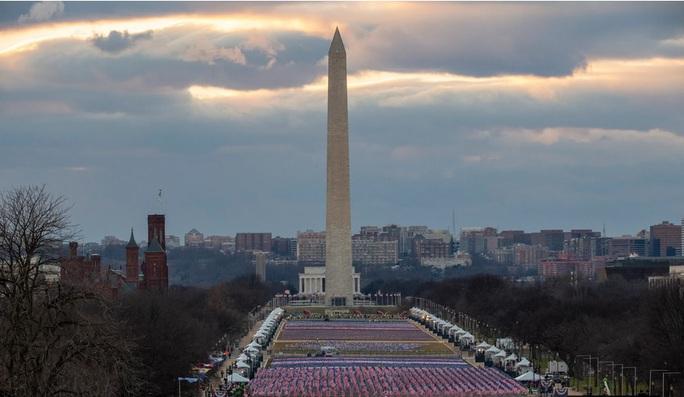 Phóng sự ảnh: Thủ đô Washington của Mỹ trước giờ chuyển giao quyền lực - Ảnh 9.