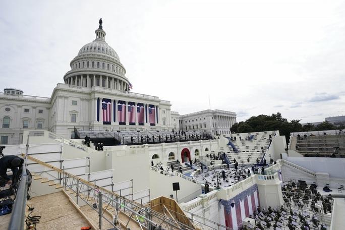 Phóng sự ảnh: Thủ đô Washington của Mỹ trước giờ chuyển giao quyền lực - Ảnh 3.