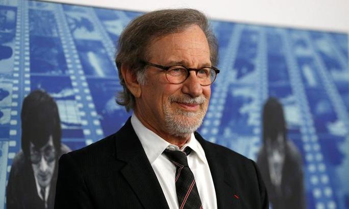 Ke quấy rối đạo diễn Steven Spielberg bị cấm đến gần ông - Ảnh 1.