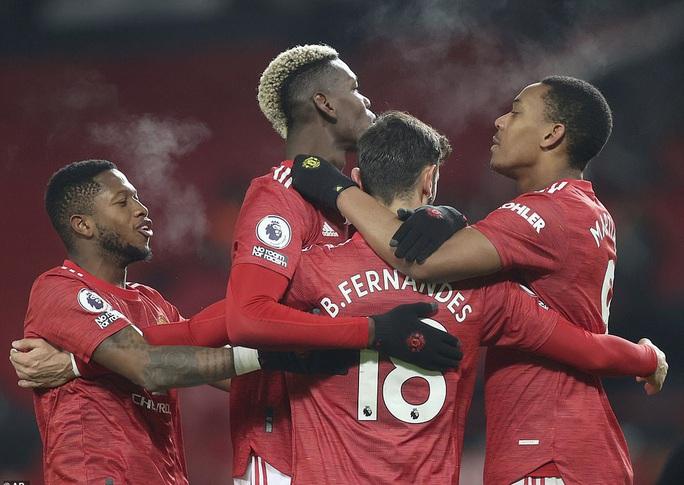 Trắng tay trước Southampton, Liverpool chỉ trích trọng tài và... Man United - Ảnh 5.